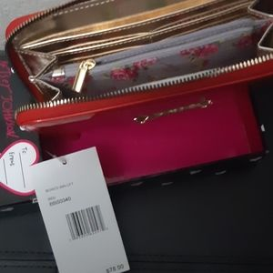 Betsey Johnson Bags - 🔥Sale nwt Betsey Johnson wallet